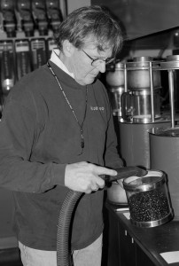 Cruser Jack Mormon removes hulls from fresh roasted Coffee-2