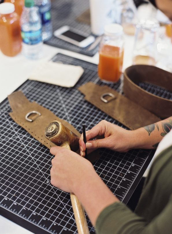 Make and master_leather045