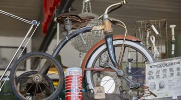Antique Pickers are Turning Other People's Junk into Treasures