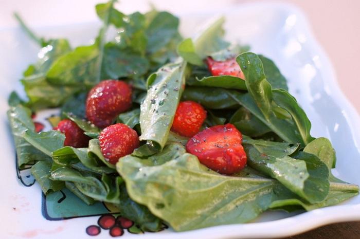 Arugula & Strawberry Salad