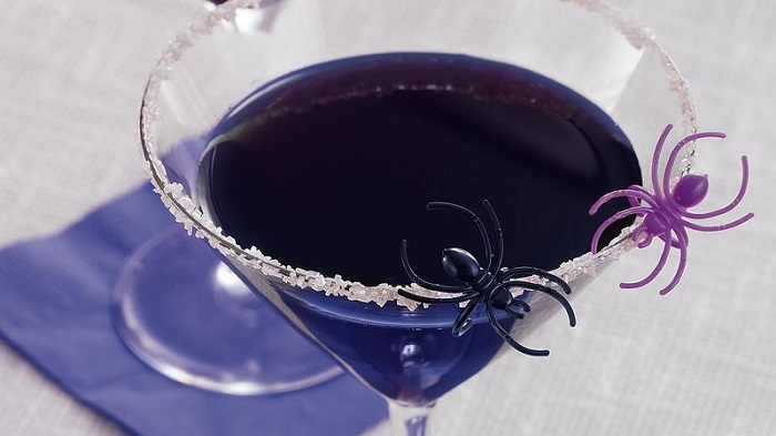 Sip O' The Week : Black Widow Martini