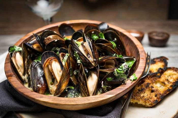 Maine Mussels for lunch at Tupelo Park City