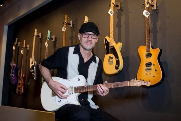 Mid-Valley Guitar Gallery is a local resource for beautiful, custom handmade electric guitars, as well as a place to meet and chat with some very fine people.