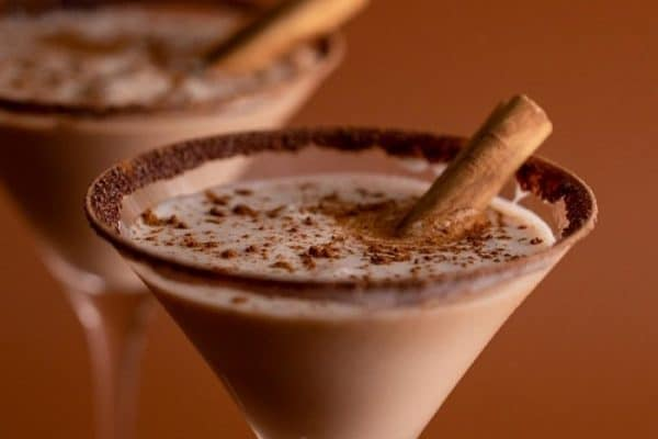 With Mother's Day celebrations taking place this Sunday, perhaps you'd like to spoil your favorite mom with a decadent drink like This Vanilla Chai Martini.