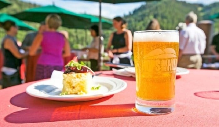 Each Tuesday evening, July 9 through August 27 on the Stein Eriksen Lodge deck beginning at 6:00 p.m., guests will enjoy summer suds from Utah's local craft breweries along with specially selected food pairings and live music.