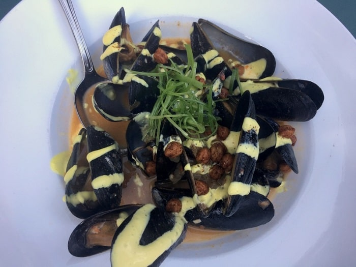 Log Haven Mussels with Saffron Aioli